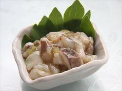 簡単たこわさび、レシピ・作り方。生タコは簡単に手に入らないことが多いので生イカでも代用可