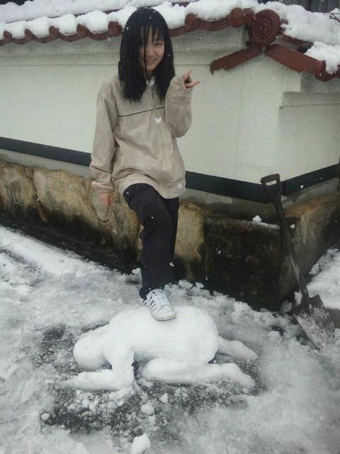 妹が作った雪だるまがガチでヤバい #雪だるま
